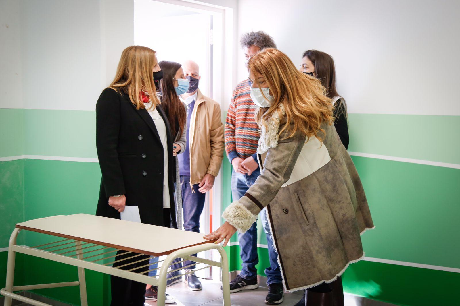 Magdalena Sierra inauguró obras en la Primaria N°38 de Wilde