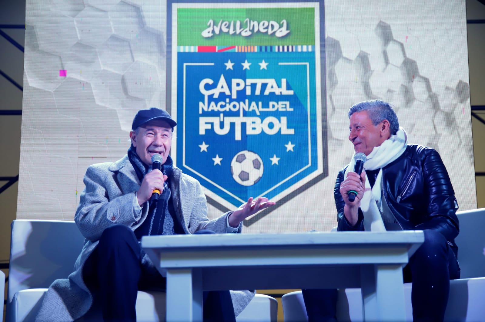 Miles de vecinos y vecinas disfrutaron la fiesta de la Capital Nacional del Fútbol